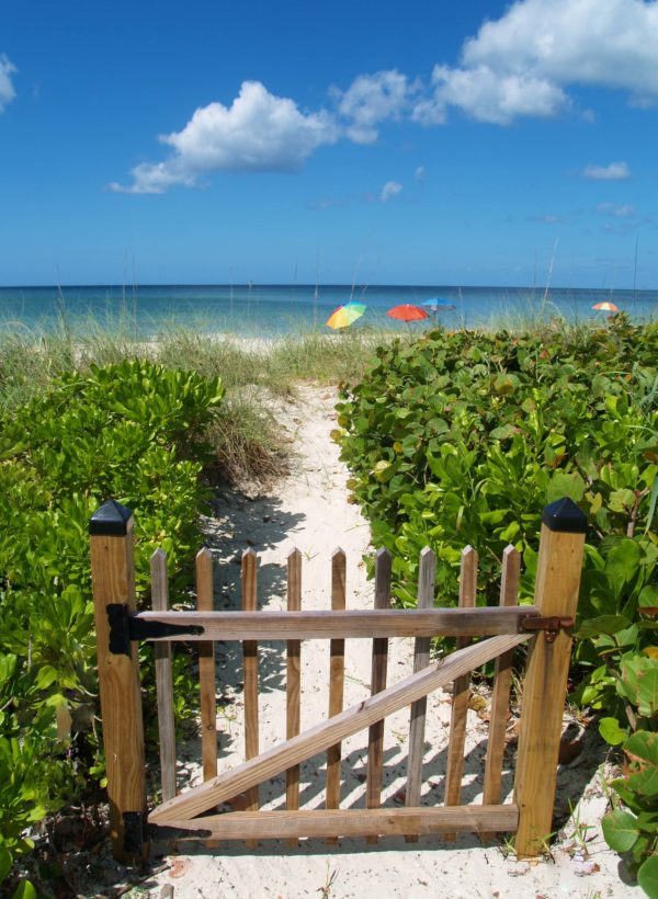 gateway to the beach in naples